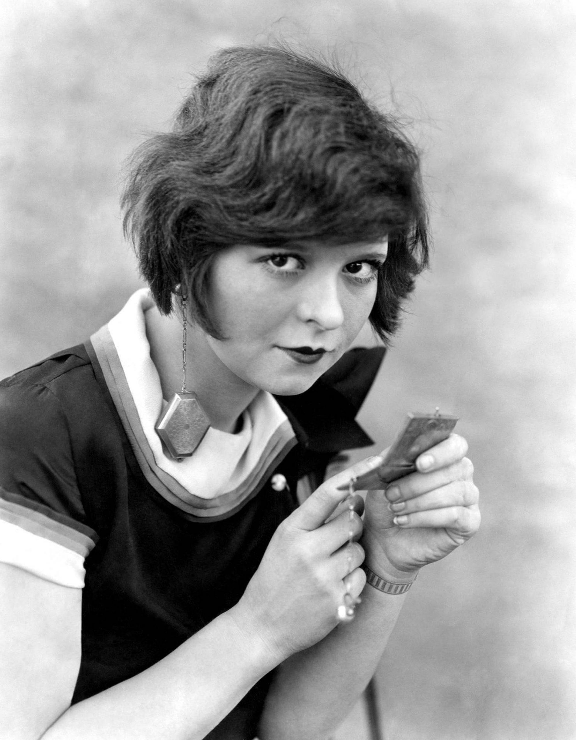 Clara Bow: Birthday